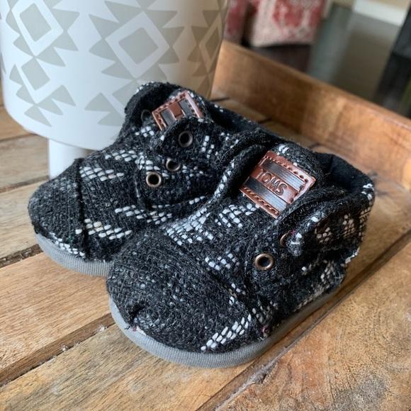 c59dcbd484510 Toms Shoes | Adorable Infant Baby | Poshmark